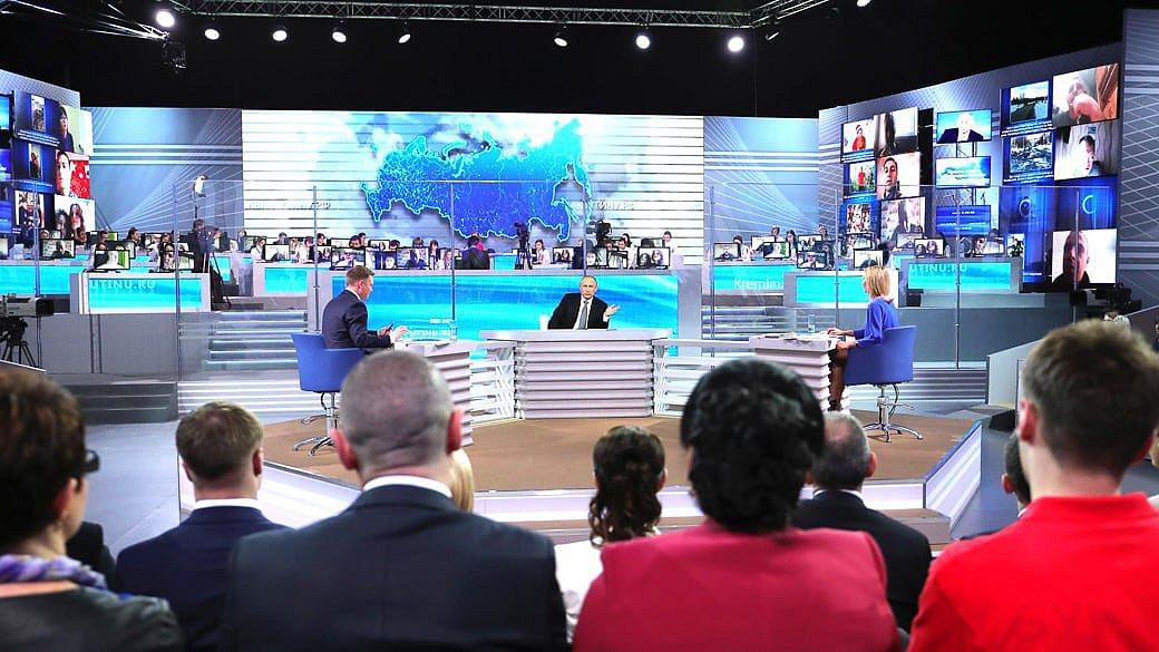 Bürger-Fragestunde: Was Putinüber die russische Wirtschaftsagte