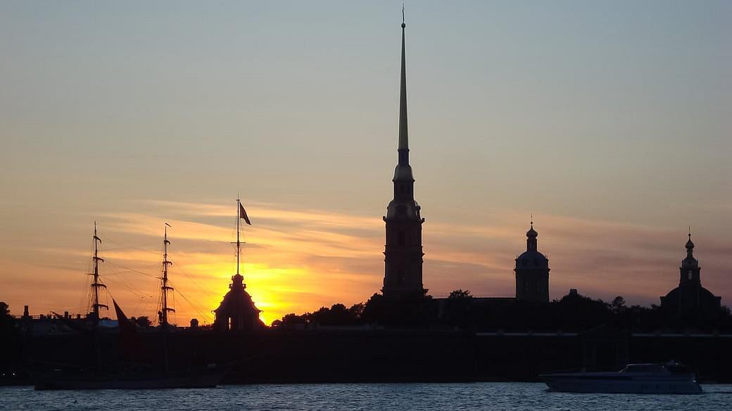 Konjunkturprognosen zum Petersburger Wirtschaftsforum