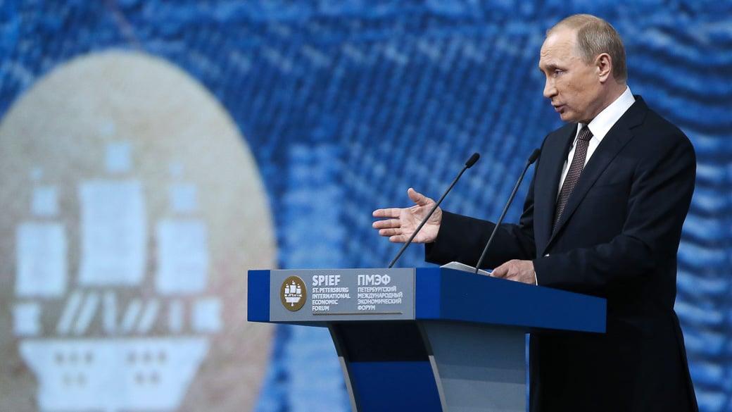 Putins Versprechungen auf dem SPIEF