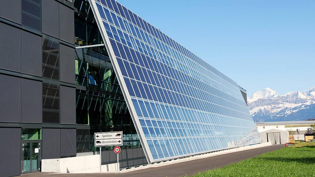 Schweizer Solarzulieferer Meyer Burger erhält Großauftrag aus Russland
