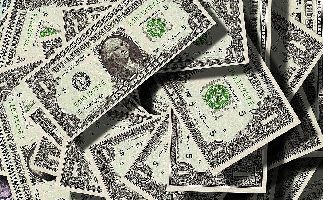 US-Dollar fällt erstmals seit Juli 2015 unter 60 Rubel