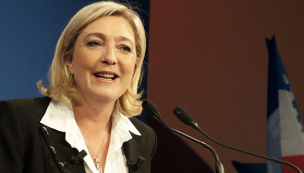 """Marine Le Pen vom """"Front national"""" hält den Anschluss der Halbinsel Krim an Russland für """"nicht illegal""""."""