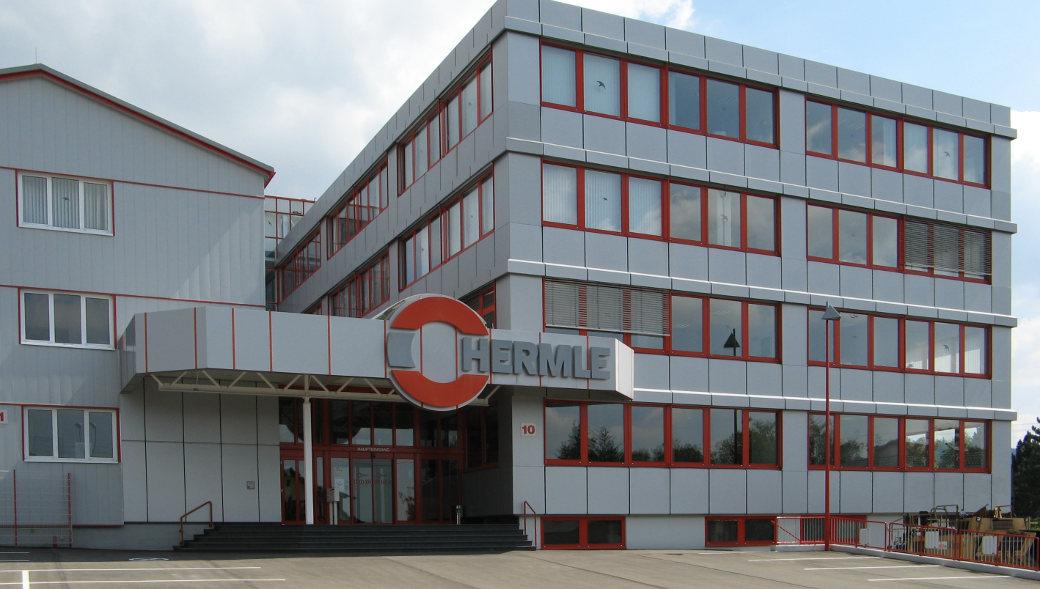 Die Maschinenfabrik Berthold Hermle AG ist ein deutsches, börsennotiertes Unternehmen mit Stammsitz in Gosheim auf dem Heuberg im Landkreis Tuttlingen und gehört zu den führenden Herstellern von Fräsmaschinen.
