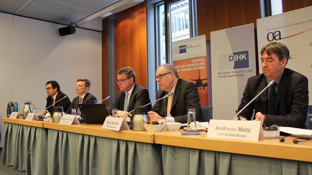 Pressekonferenz zur Vorstellung der Geschäftsklimaumfrage Russland 2017