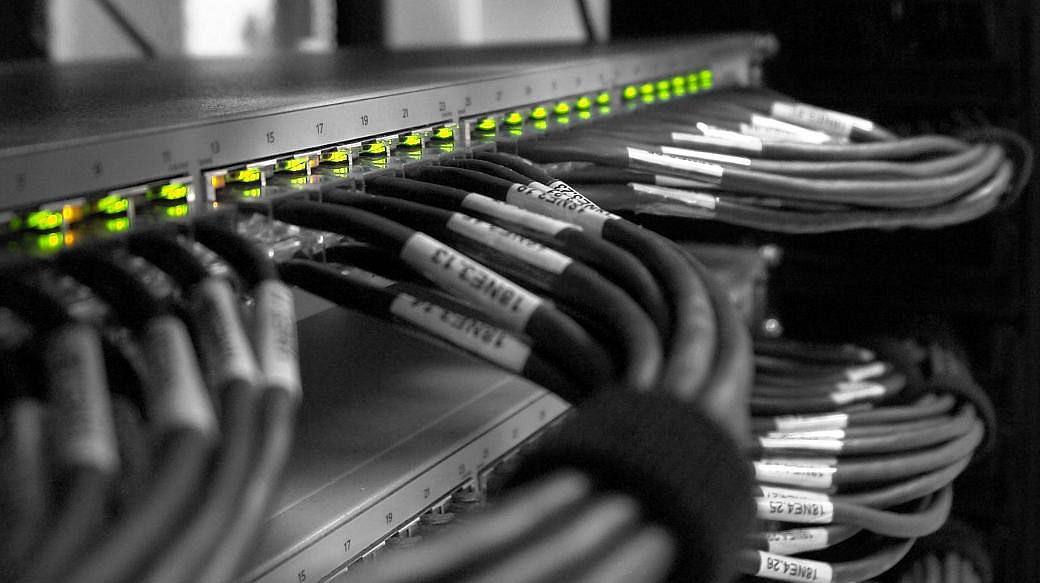 Server / Router / Kabel