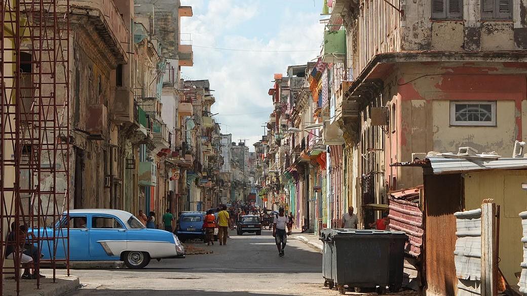 Die russische Regierung solidarisiert sich mit Kuba, nachdem US-Präsident Trump einen neuen Kurs in der amerikanischen Außenpolitik eingeschlagen hat.