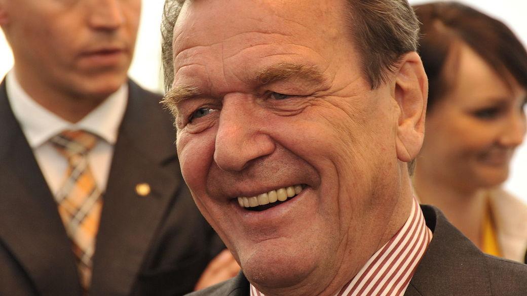 Kritik an Altkanzler Gerhard Schröder