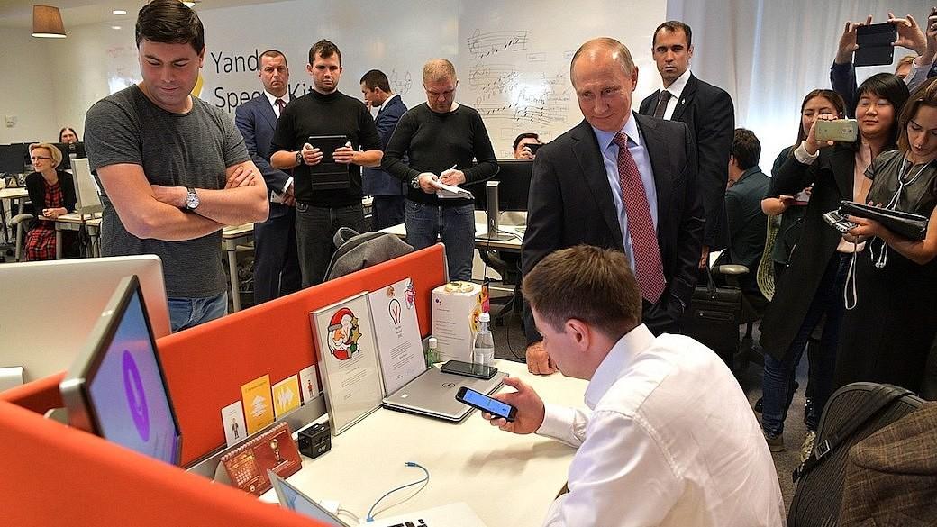 Wladimir Putin im Yandex-Büro