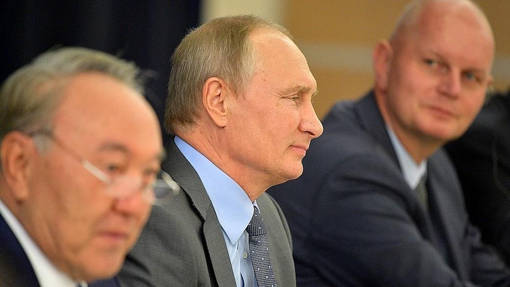 Wladimir Putin trifft deutsche Top-Manager in Sotschi