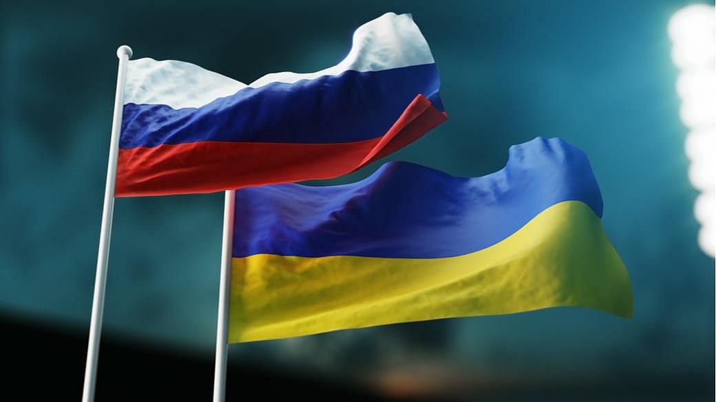 russische und ukrainische Flagge