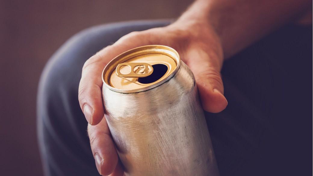 Bier in einer Aluminiumdose