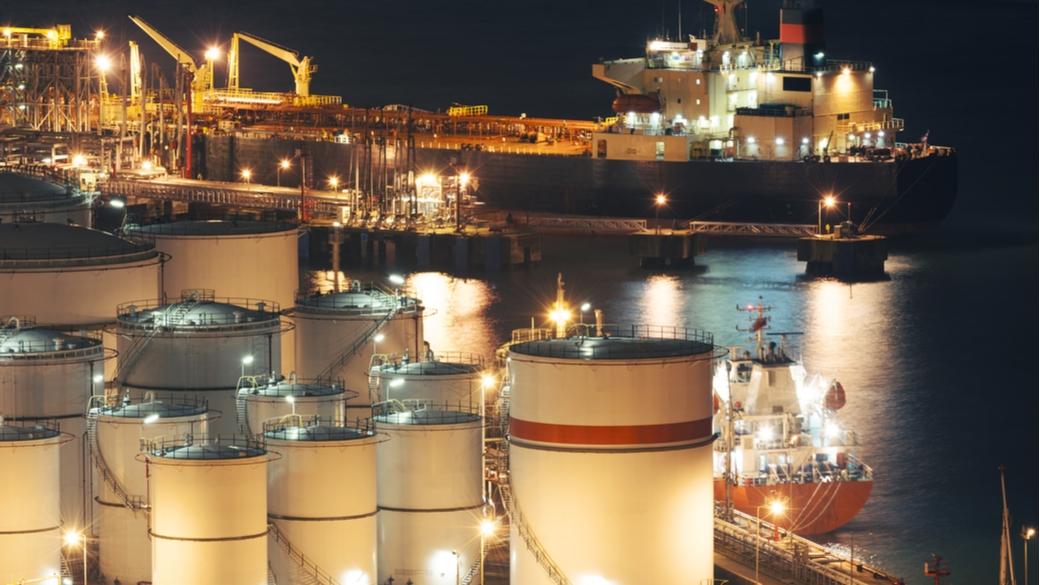 Oil tanks Öl Transport