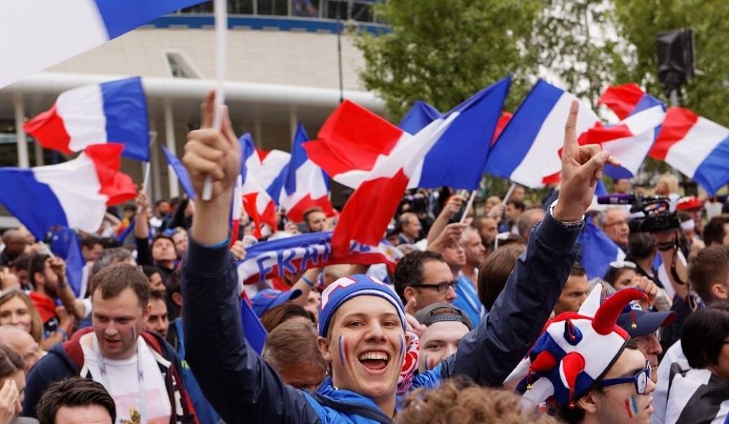 Franzosen Fans Petersburg