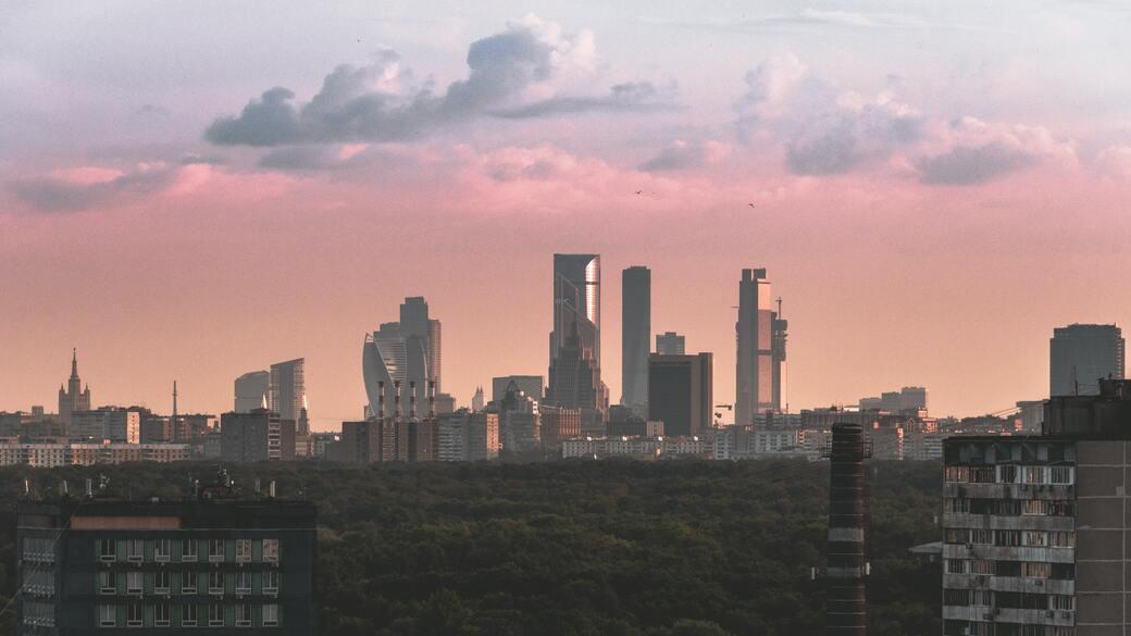 Moskauer Skyline im Licht