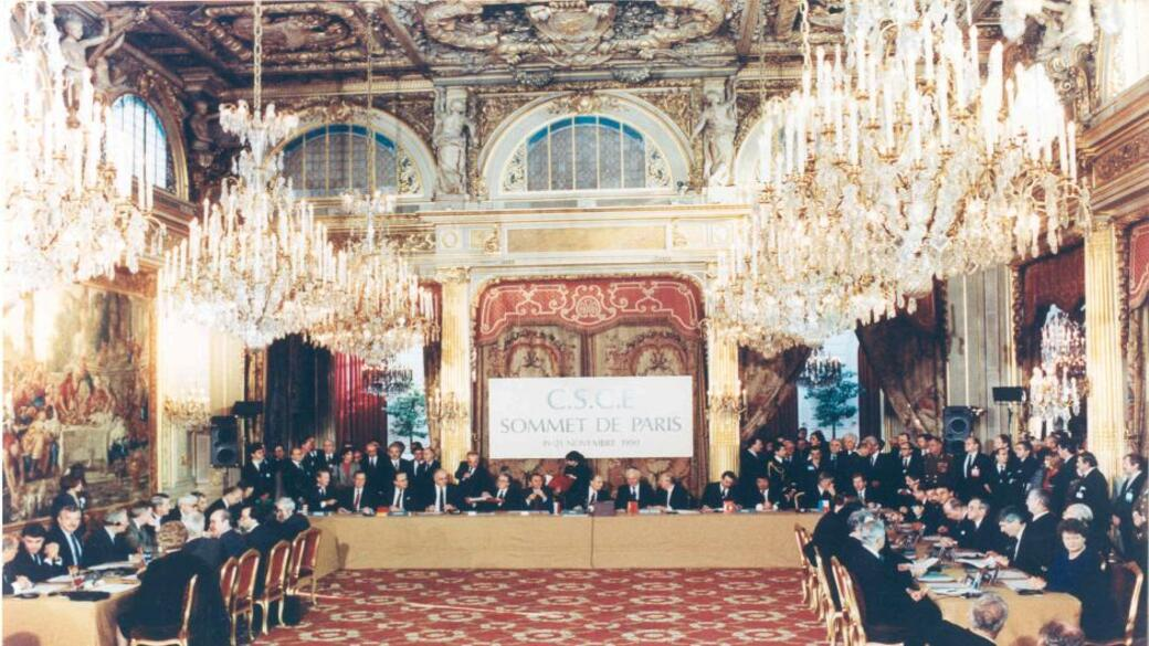 UN Charta Paris 1990