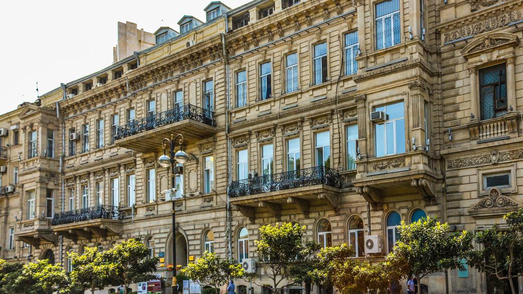 Westkaspische Universität in Baku
